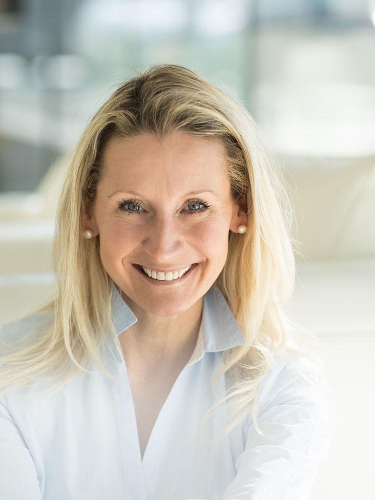 Karin Hackstock und das Team der Babysitterei